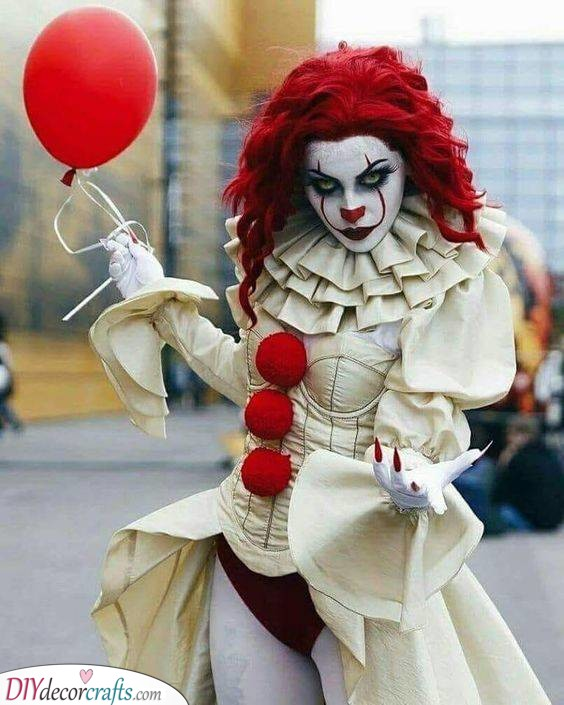 Pennywise the Dancing Clown - Halloween Costume Ideas