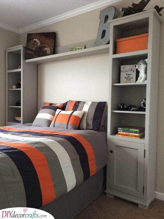 A Fantastic Shelf - Saving Some Space
