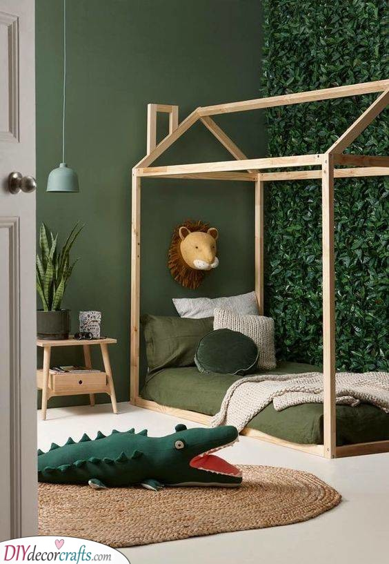 Deep in the Jungle - A Jungle Inspired Room