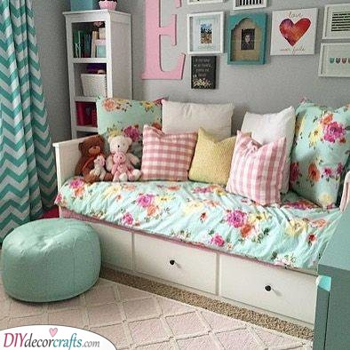 Floral Designs - Toddler Girl Bedroom Ideas on a Budget
