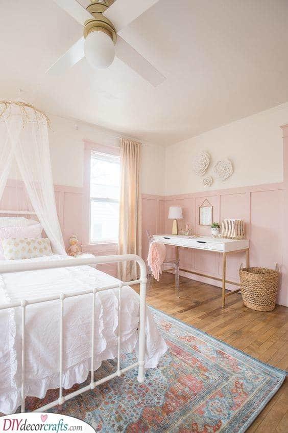Pale Elegance - Delicate Little Girl Bedroom Decor