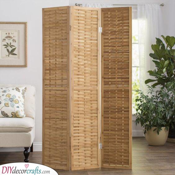 A Folding Screen - Simple and Easy
