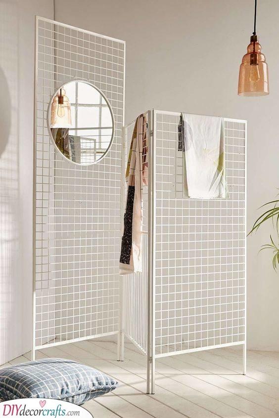 A Metal Grid Panel - Room Separator Ideas