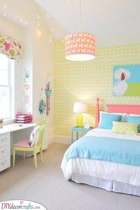 Quirky Looks - Teenage Girl Bedroom Ideas for Small Rooms