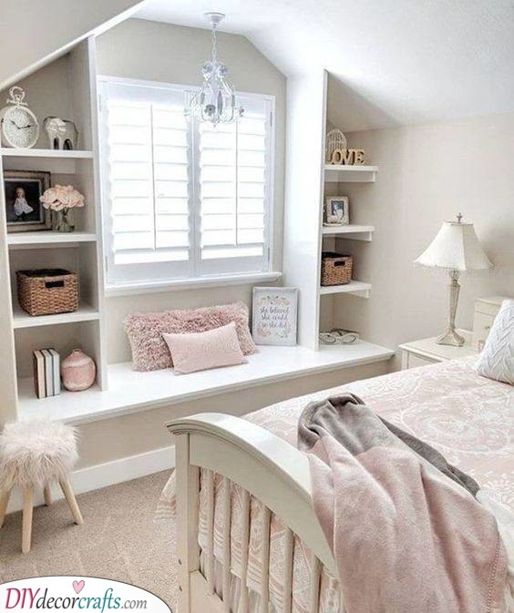 Cosy and Cute - Girls Bedroom Decor Ideas