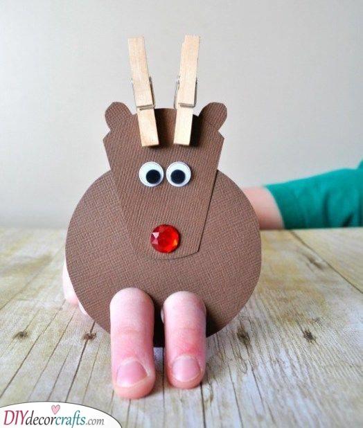 An Adorable Reindeer - A Simple Finger Puppet
