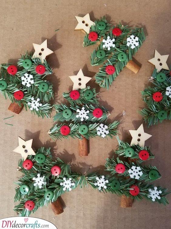 Cinnamon Sticks - Christmas Crafts for Children