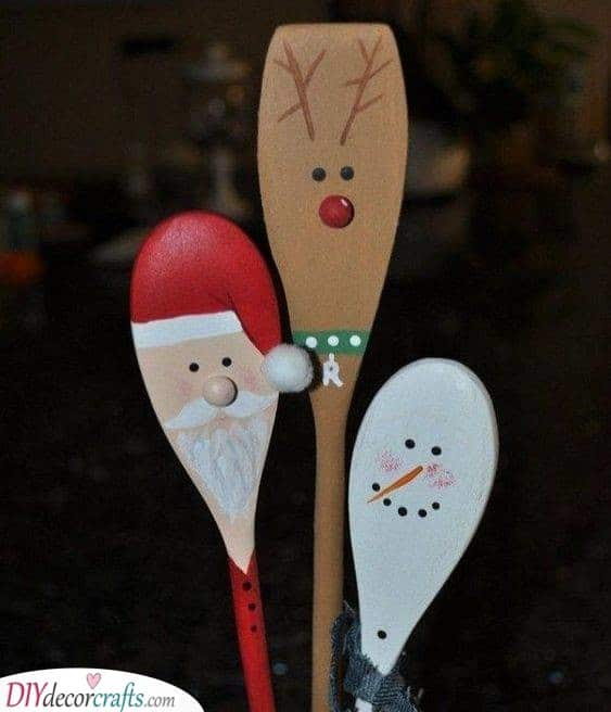 Wooden Spoon Crafts - Christmas Delights