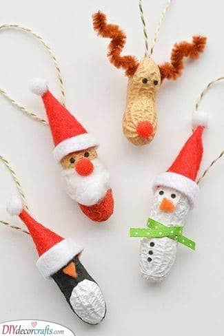 Crazy About Peanuts – Christmas Craft Ideas for Kids