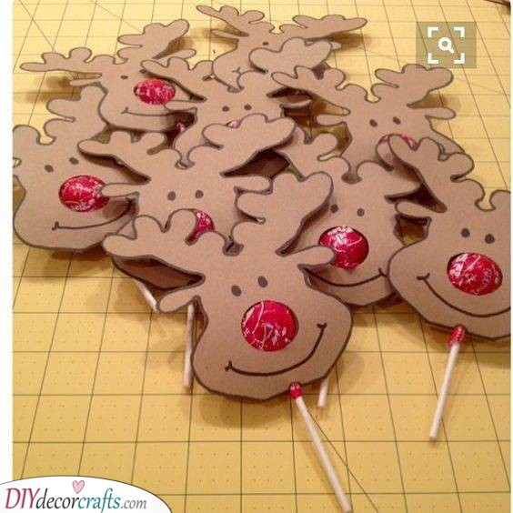 Decorate the Candy - Easy Christmas Crafts for Kids