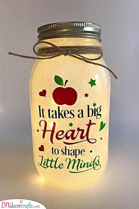 A Big Heart - Christmas Presents for Best Friends