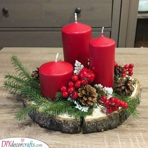 Red Candles - Christmas Table Ideas