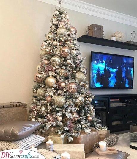 Gold and Blush - Elegant Christmas Tree Decorating Ideas