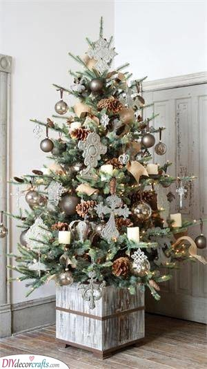 Add a Touch of Nature - Christmas Tree Ideas