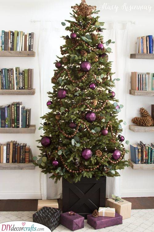 A Deep Plum - Try Out Geometric Ornaments