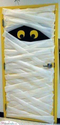 A Spooky Mummy - Halloween Party Decorations