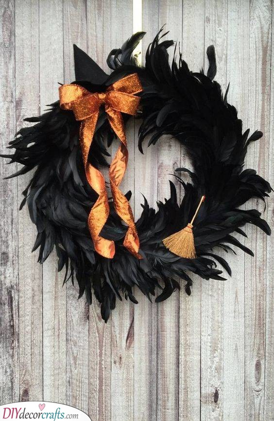 A Witch's Wreath - Stunningly Spooky