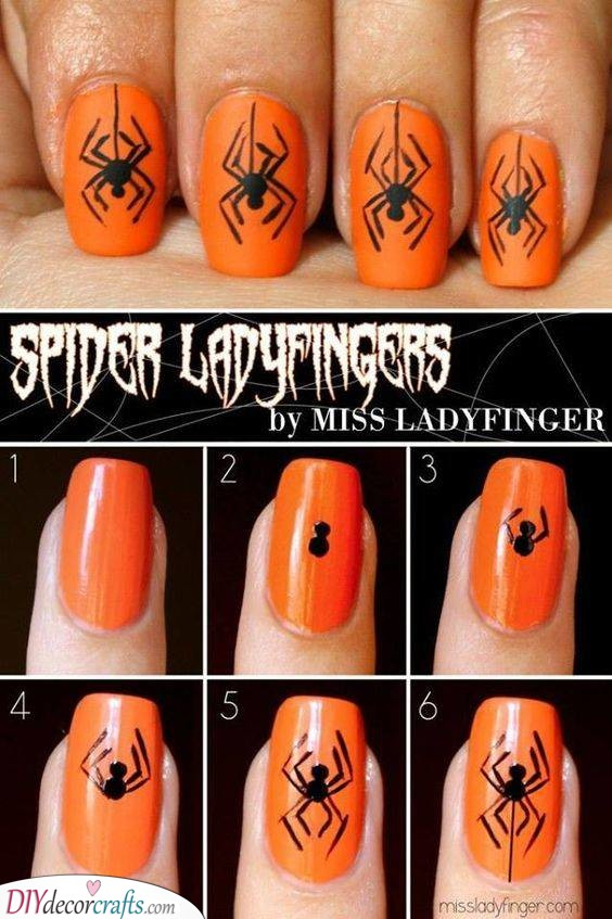 Dangling Spiders - Perfect for Halloween