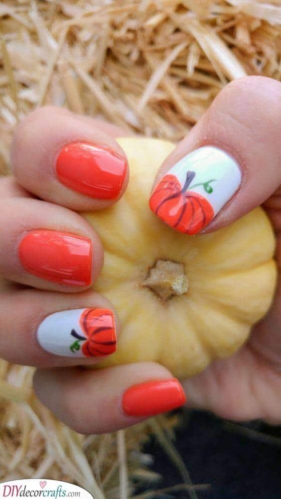 A Pumpkin Patch - Halloween Nail Ideas