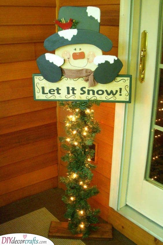 Let it Snow - Outdoor Christmas Decoration Ideas