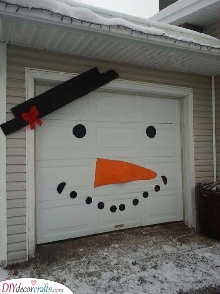 A Snowman Garage Door - Christmas Vibes