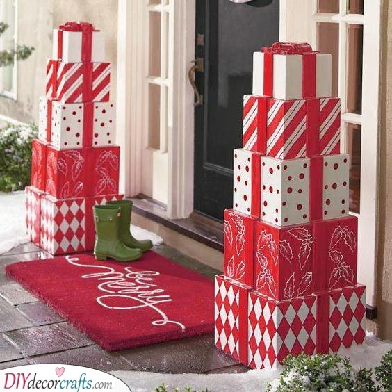Stacks of Christmas Gifts - Outdoor Christmas Decoration Ideas