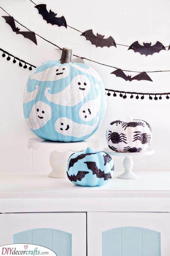 A Classic Halloween Design - Easy Pumpkin Painting Ideas