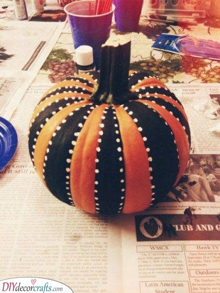 A Stylish Pumpkin - Creative Pumpkin Decorating Ideas