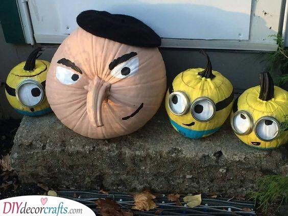 Gru and His Minions - Despicable Me