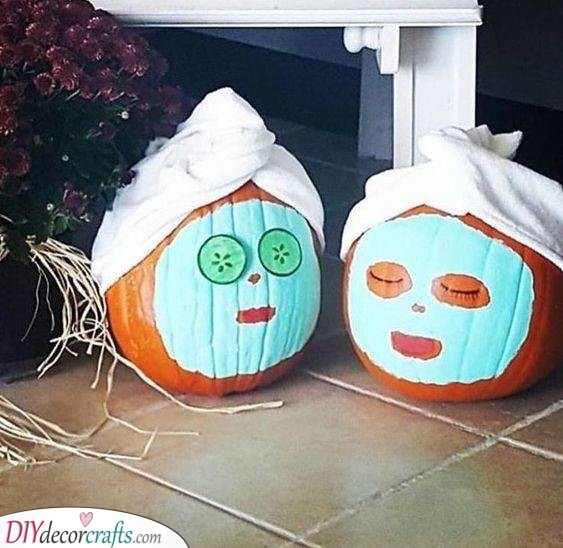 Face Mask Time - Easy Pumpkin Painting Ideas