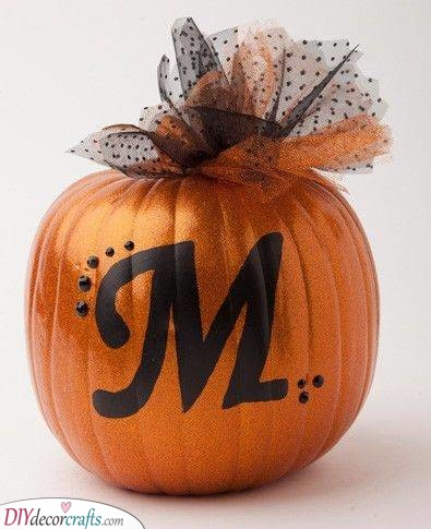 Elegant and Refined - Easy Pumpkin Painting Ideas