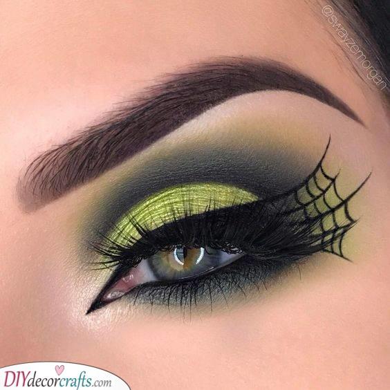 An Intricate Web - A Spidery Makeup Idea