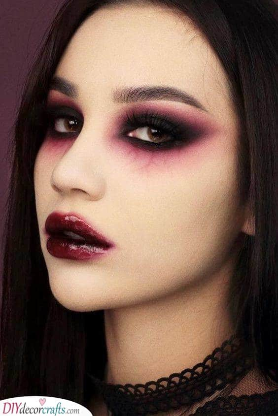 A Gorgeous Vampire - Scary and Seductive