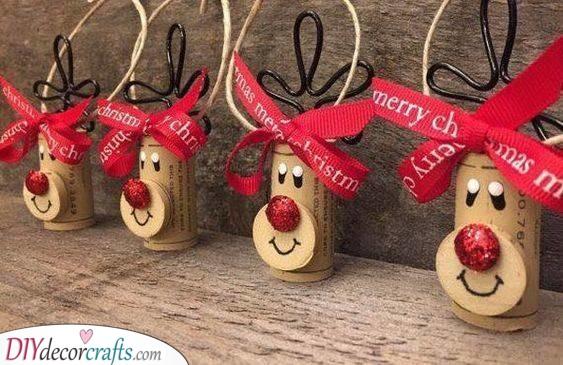 Cute Cork Crafts - Homemade Christmas Tree Decorations