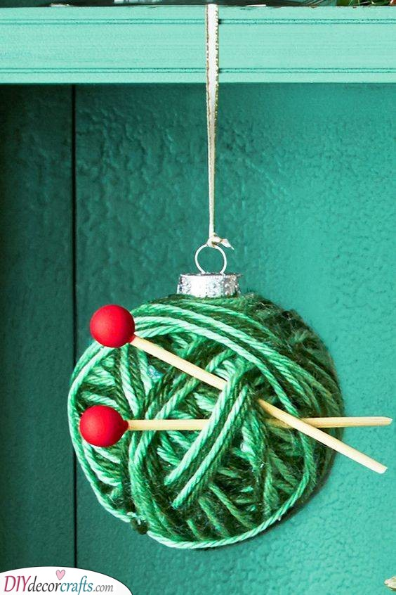 A Ball of Yarn - An Ornament for Knitters