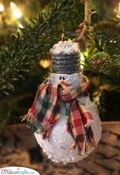 Recycle and Reimagine - Super Cute Snowmen