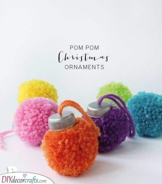 Puffy Pompoms - Homemade Christmas Tree Decorations