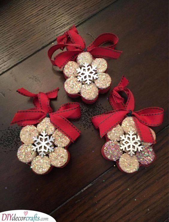 Spectacular Snowflakes - Handmade Christmas Decorations