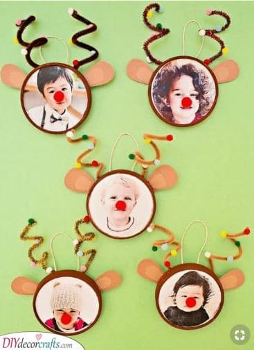 The Kids as Reindeers - Merry and Happy