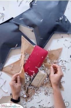 Paper Stars - Christmas Gift Wrap Ideas