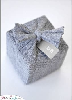 A Woolly Sweater - For Your Christmas Wrapping