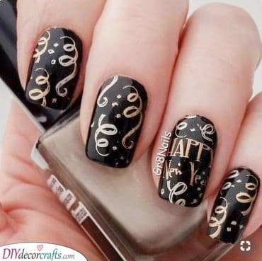 Festive and Fun - Try a Combination of Black and Gold