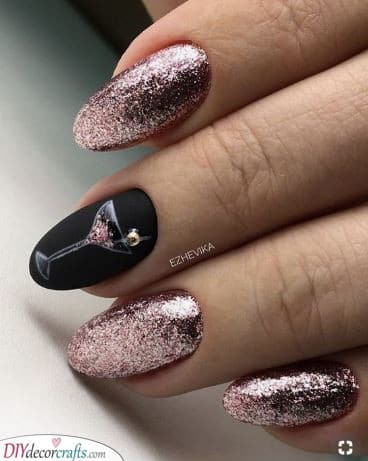 Pink and Bubbly - New Years Nails