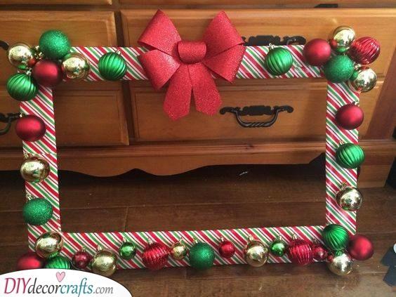 A Christmas Frame – Christmas Party Decoration Ideas