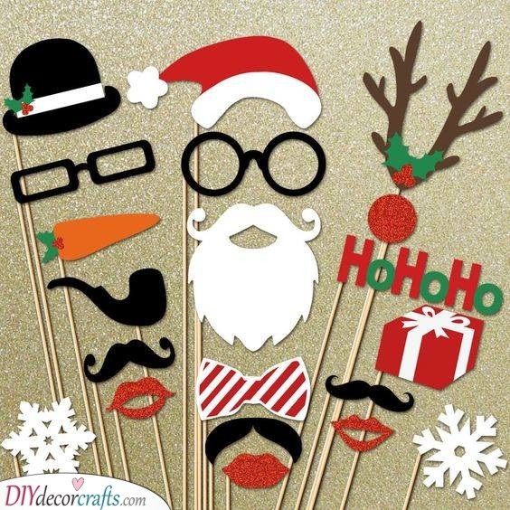 Photo Booth Props – Having a Merry Time