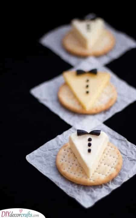 Cheese and Crackers - Simple and Easy