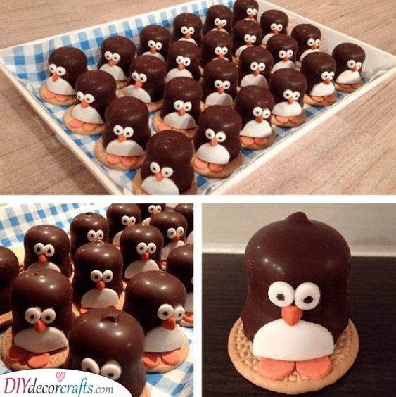 Adorable Penguins - New Year's Eve Food Ideas