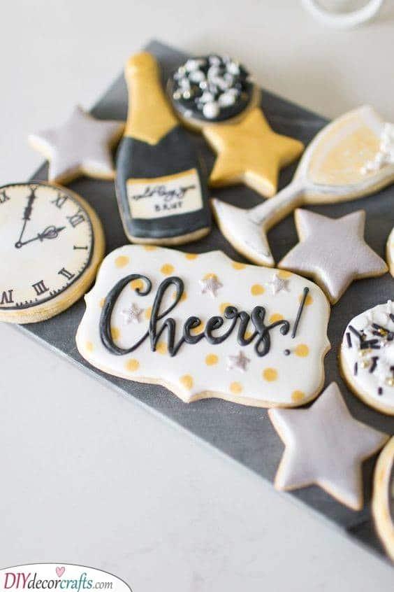 Scrumptious Sugar Cookies - Decorate Them Creatively