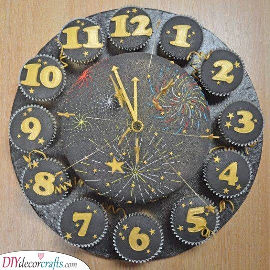 A Cupcake Clock - Countdown to Midnight