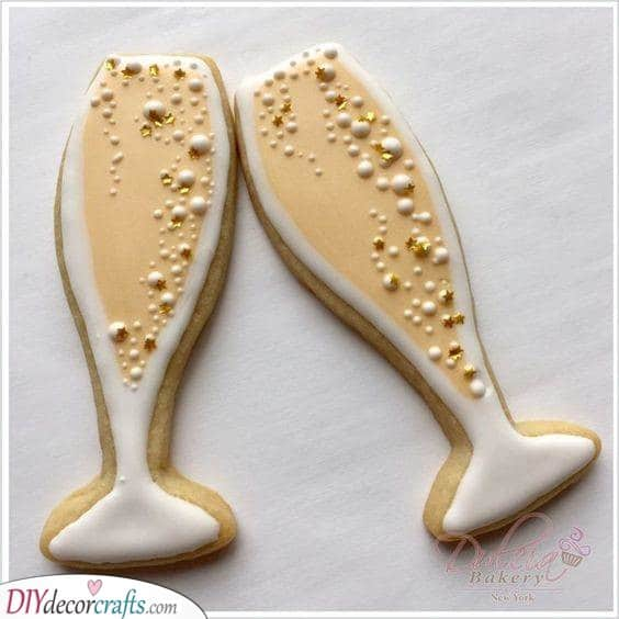 Awesome Champagne Cookies - New Years Eve Food Ideas